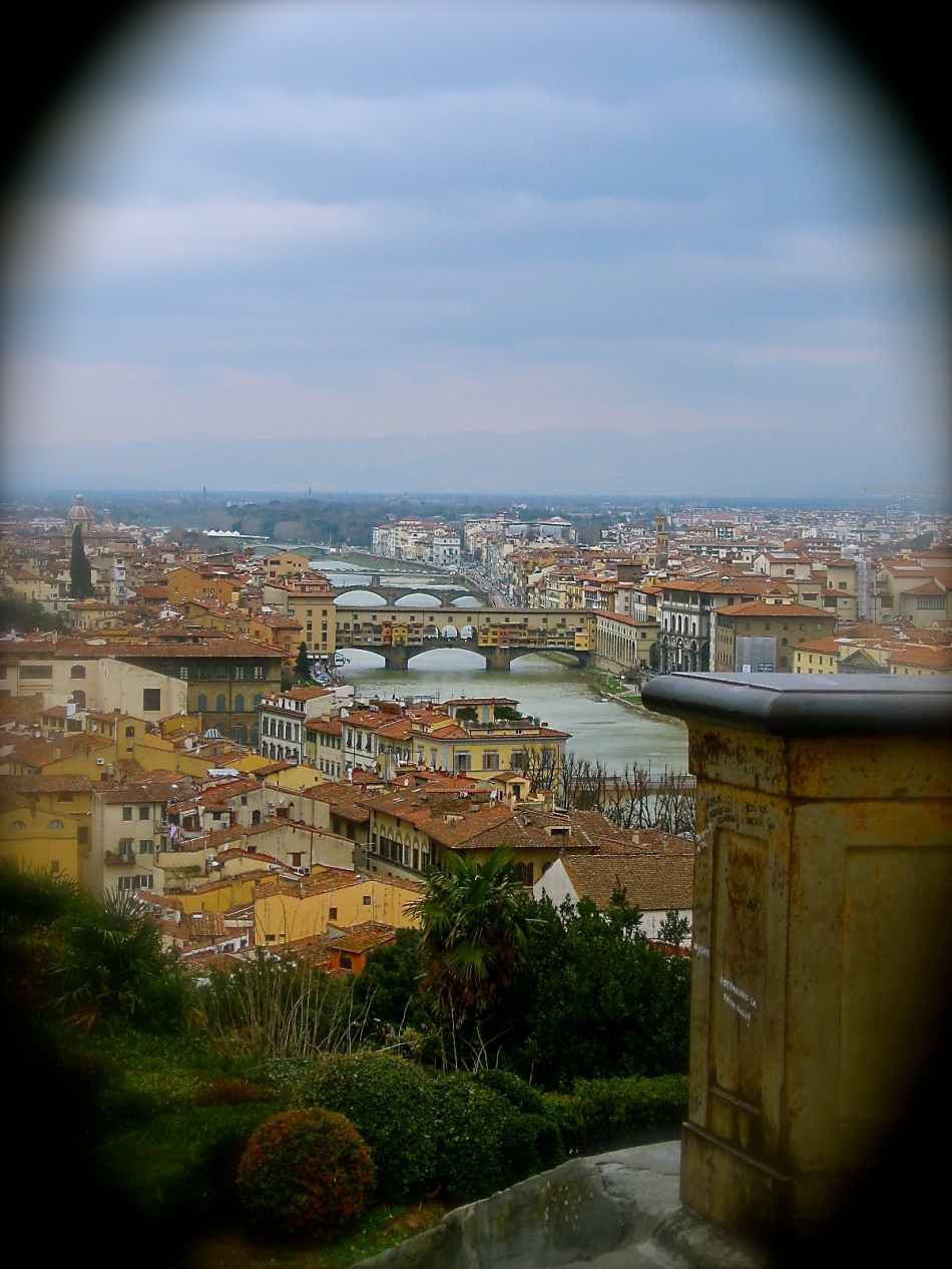 Florence, the Arno and the Ponte Vecchio