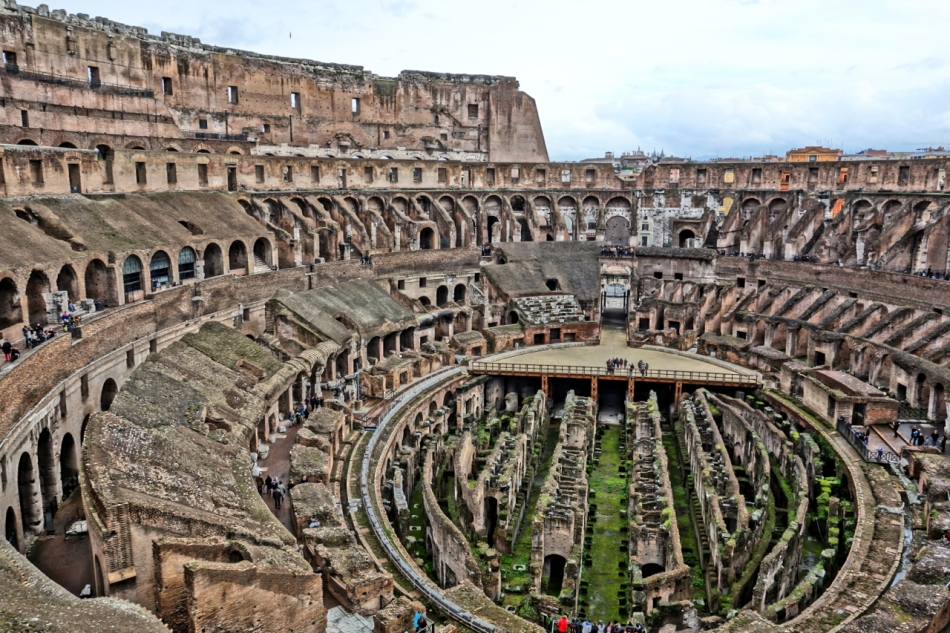 Coliseum19