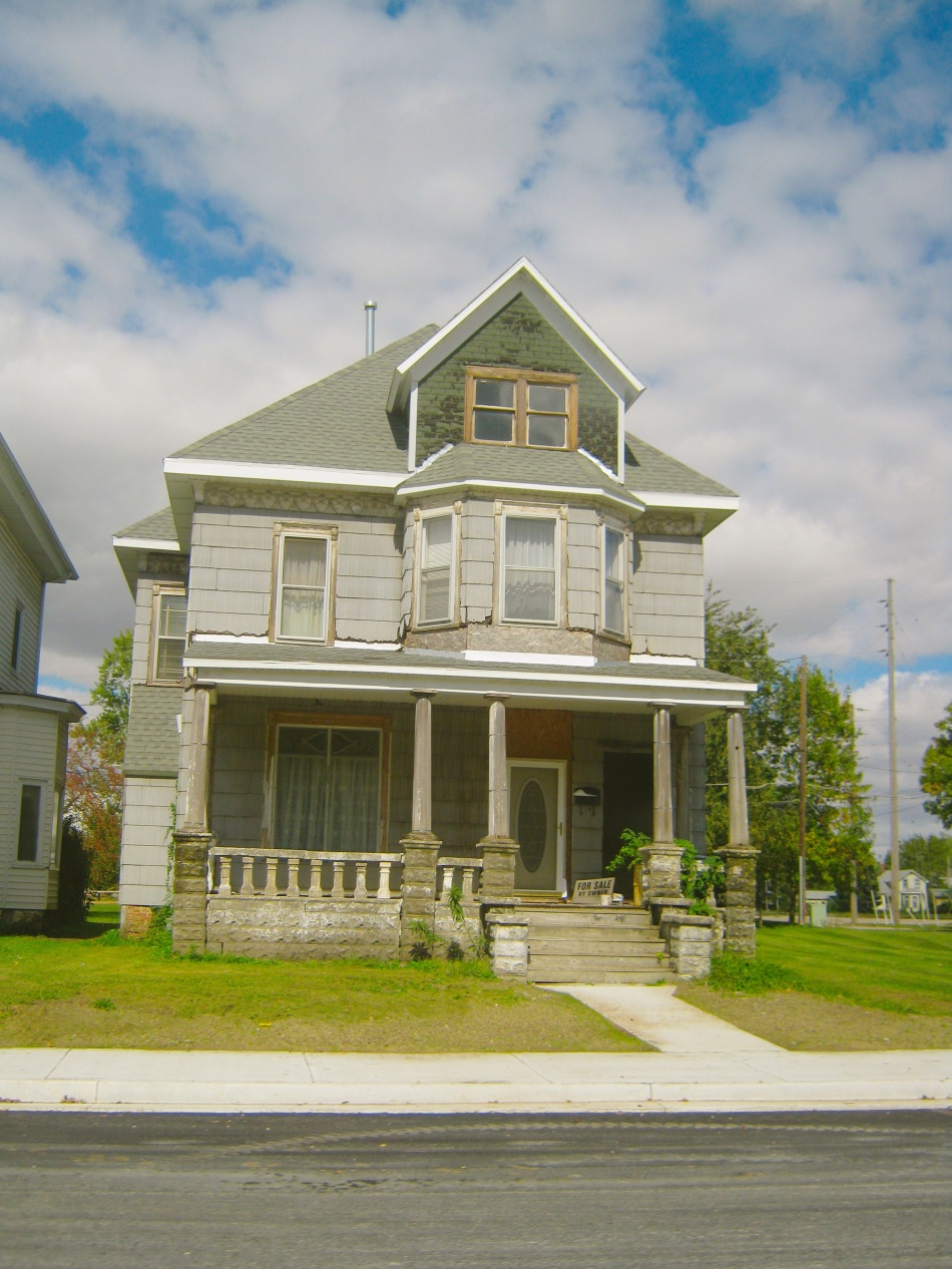 House in Streator