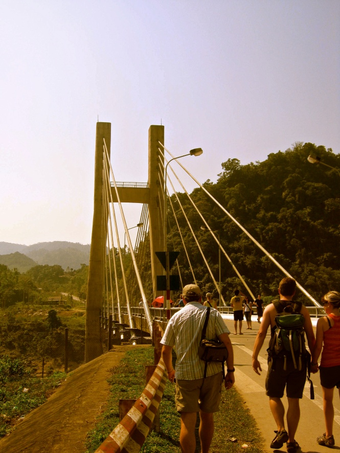 Dakrong Bridge