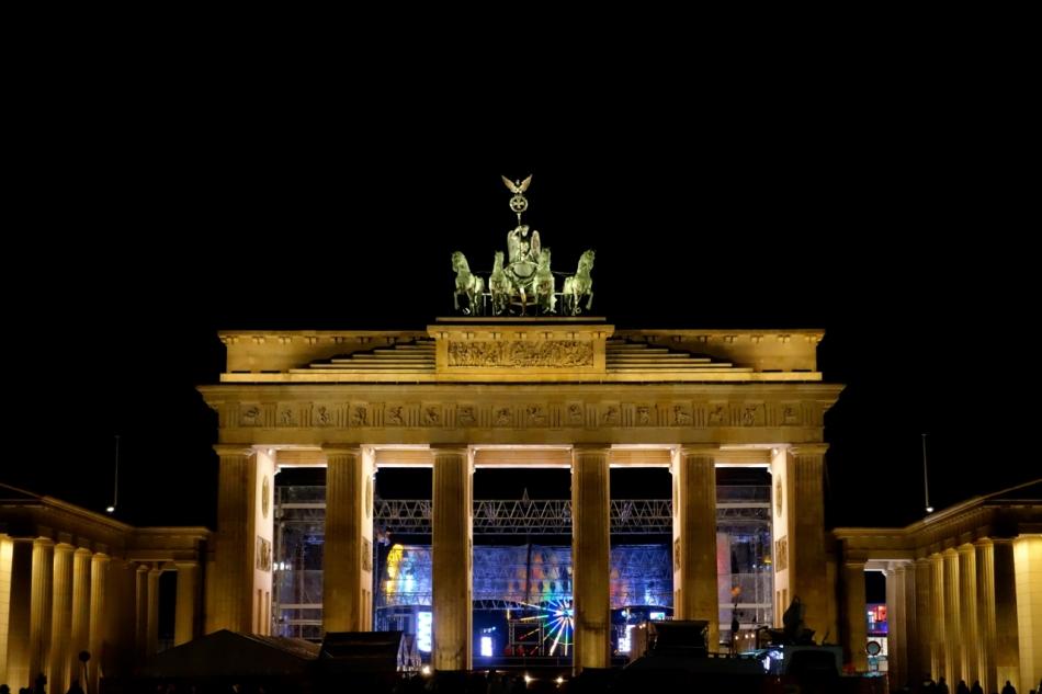 Brandenburg Gate3