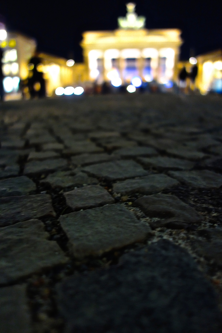 Brandenburg Gate4