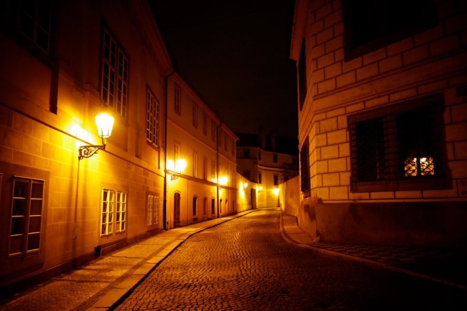 Prague By Night08