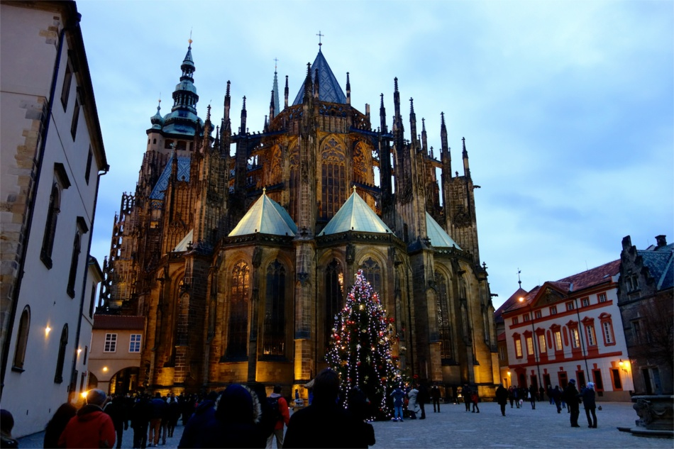 Prague Castle and St Vitus Cathedral10