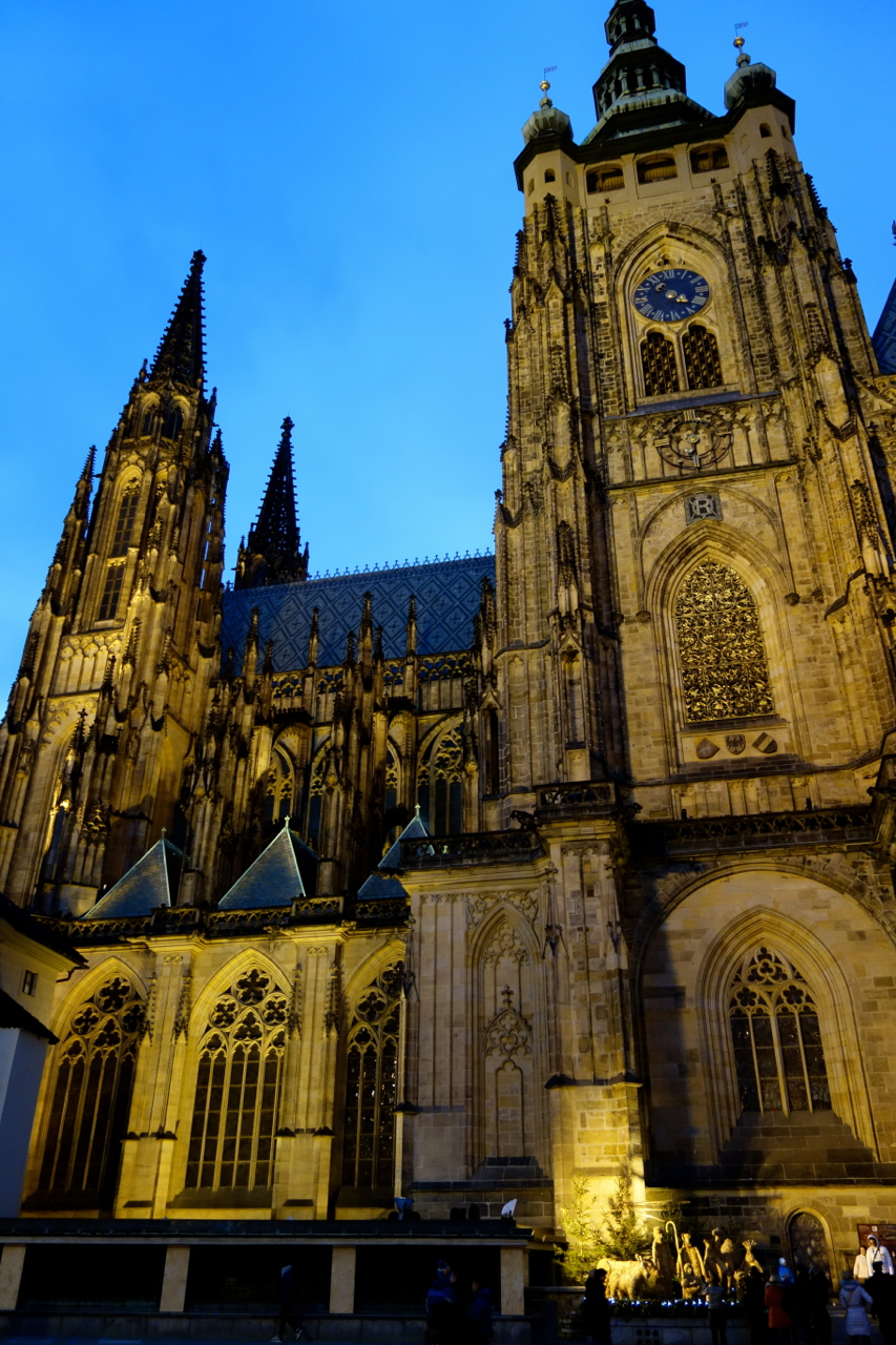 Prague Castle and St Vitus Cathedral14