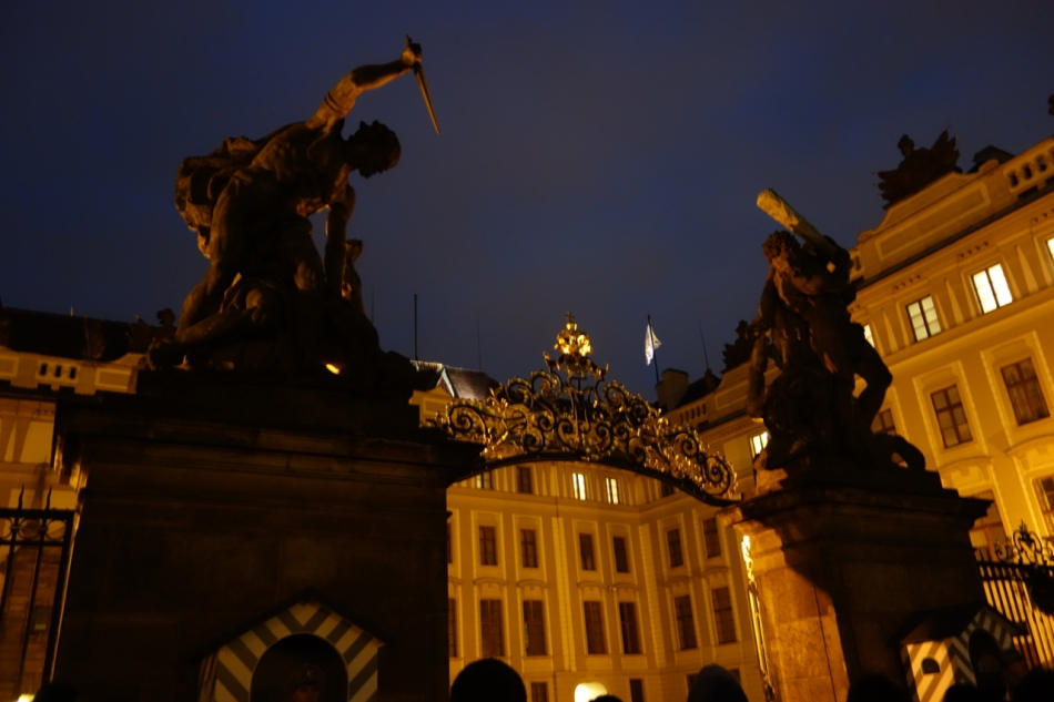 Prague Castle and St Vitus Cathedral16