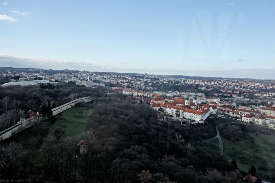 Prague City View09
