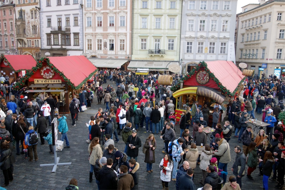 Prague - Old Square03