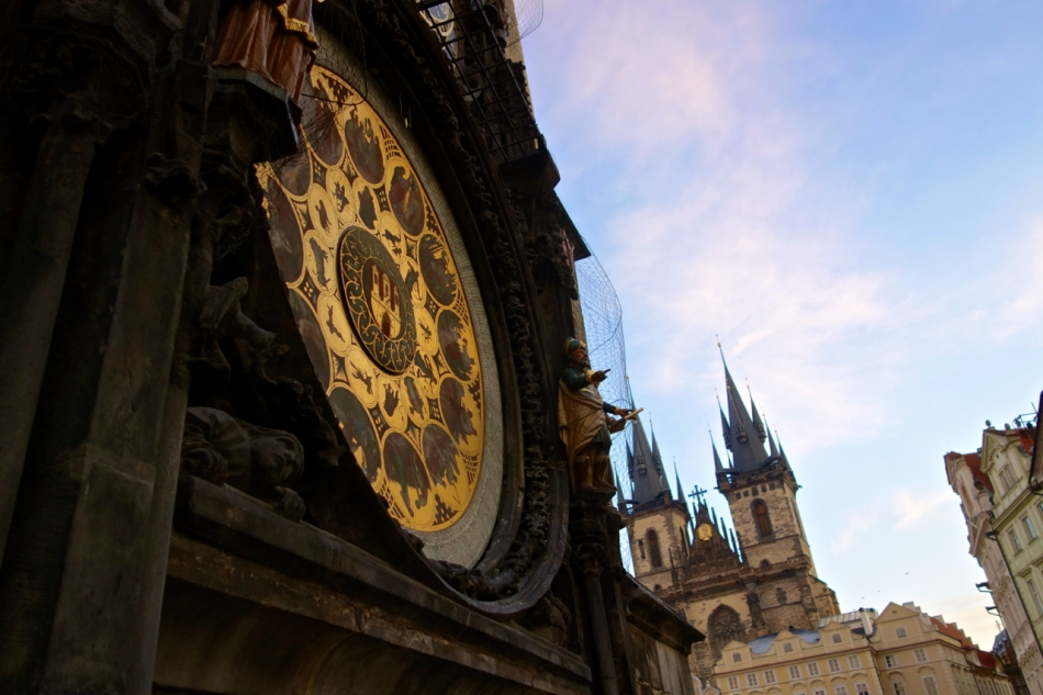 Prague - Old Square08