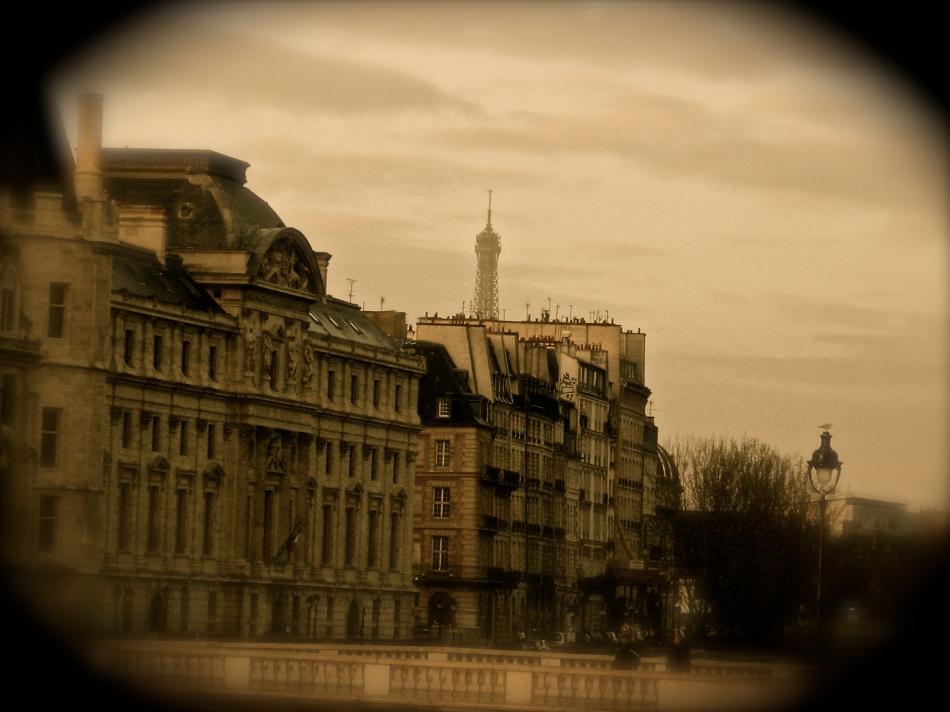 Paris - Eiffel Tower3a
