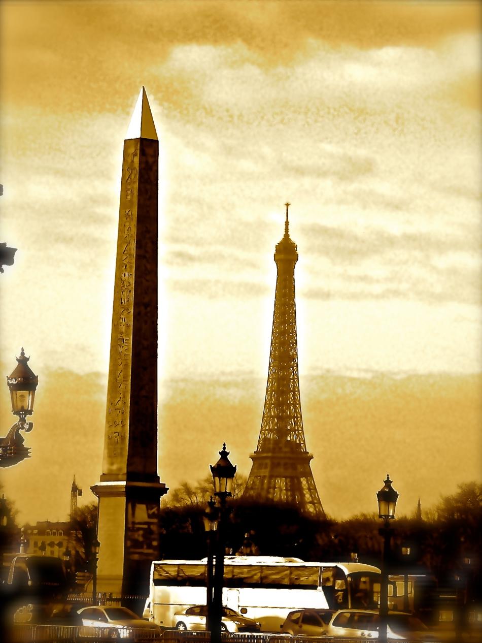 Paris - Eiffel Tower3b