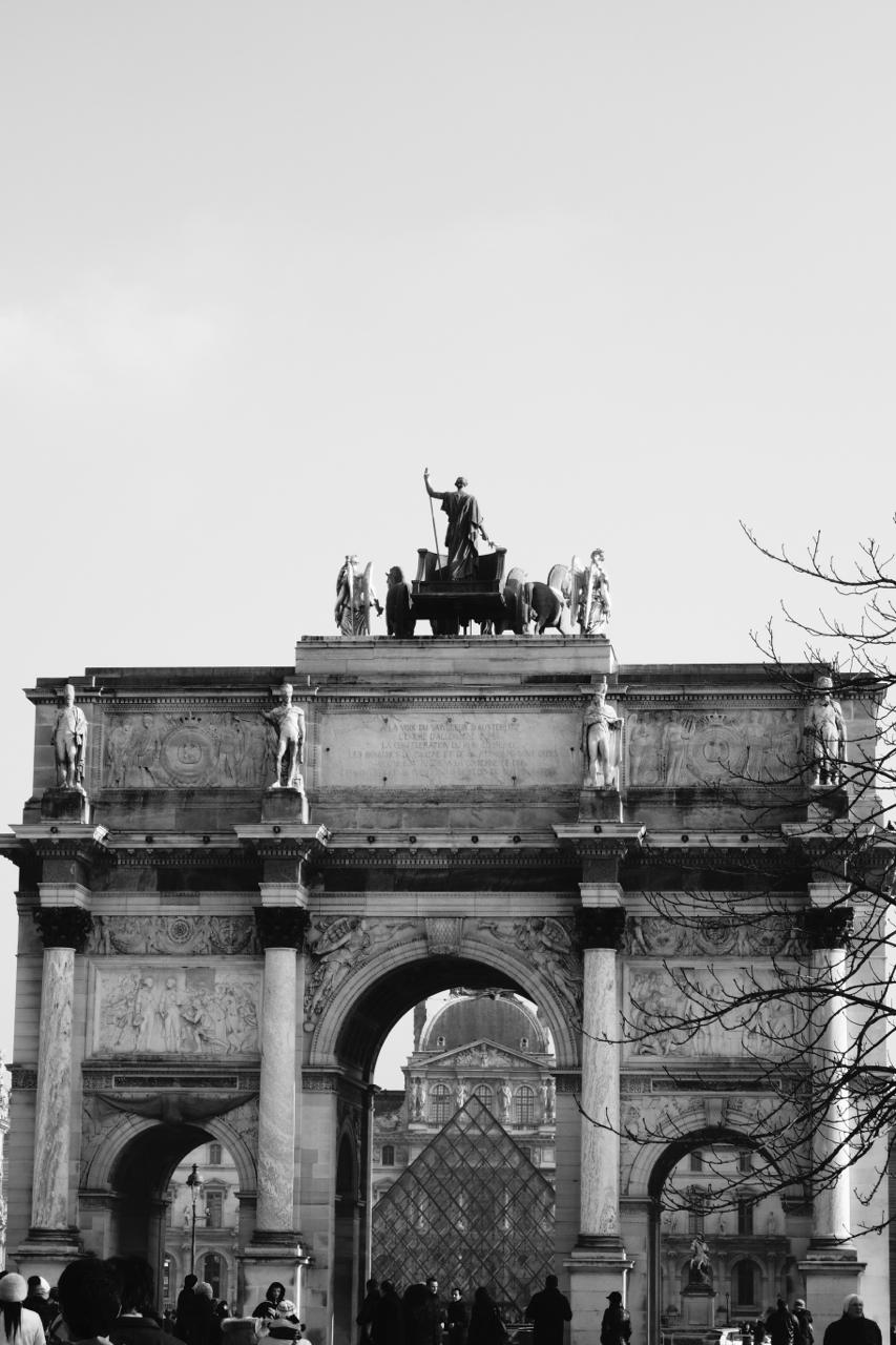 Paris - The Louvre03