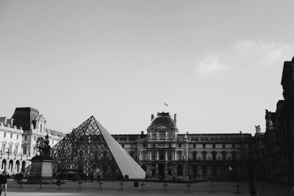 Paris - The Louvre05