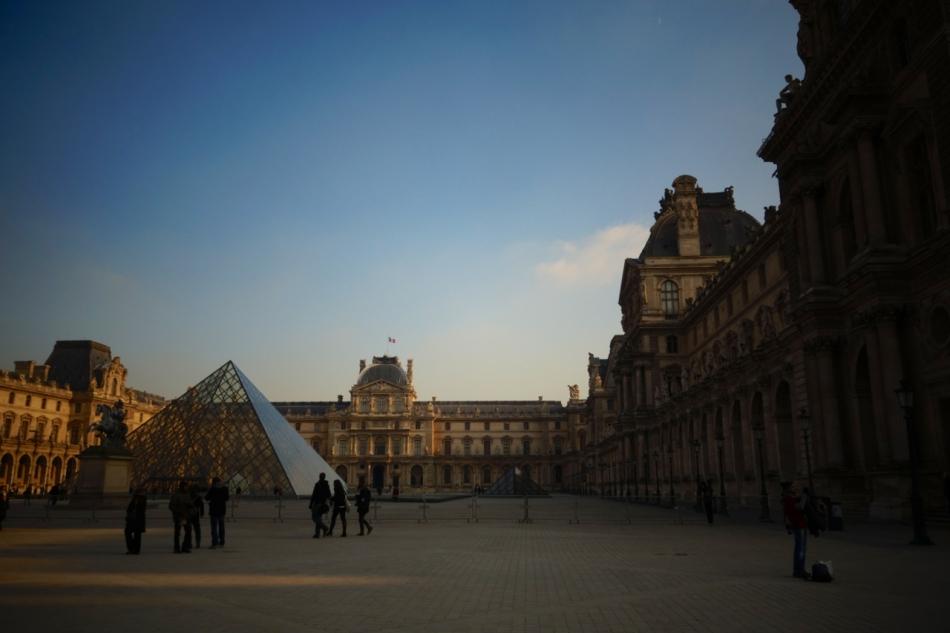 Paris - The Louvre09