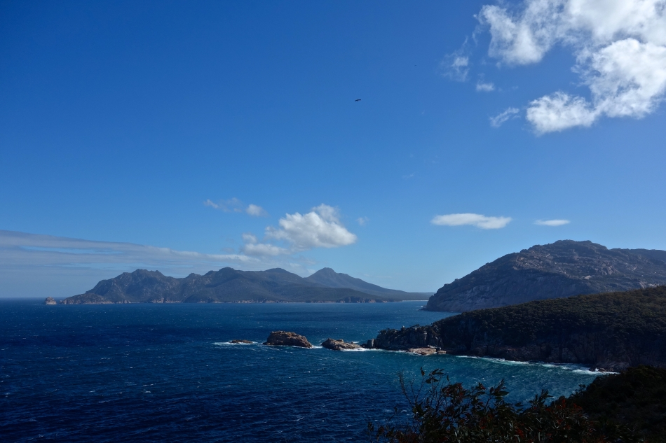 Wineglass Bay - Cape Tourville Lookout